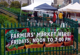 Photo of sign at the Branch Brook Park Farmers Market in Newark - Click to enlarge