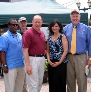 Photo of Damon Williams, Ron Good, Mayor J. Christian Bollwage, Diana Linbacher and Secretary Kuperus