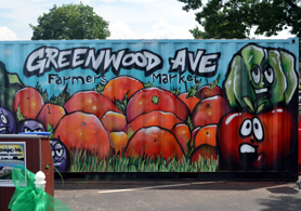 Photo of the Greenwood Ave. Farmers Market sign - Click to enlarge