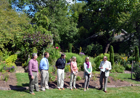 Photo of the Fall Gardening Month presentation at Willowwood Arboretum