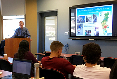 DRBC's Dr. Ron MacGillivray presents to Stevens Institure of Technology students on Delaware River Water Quality Monitoring. Photo by DRBC.